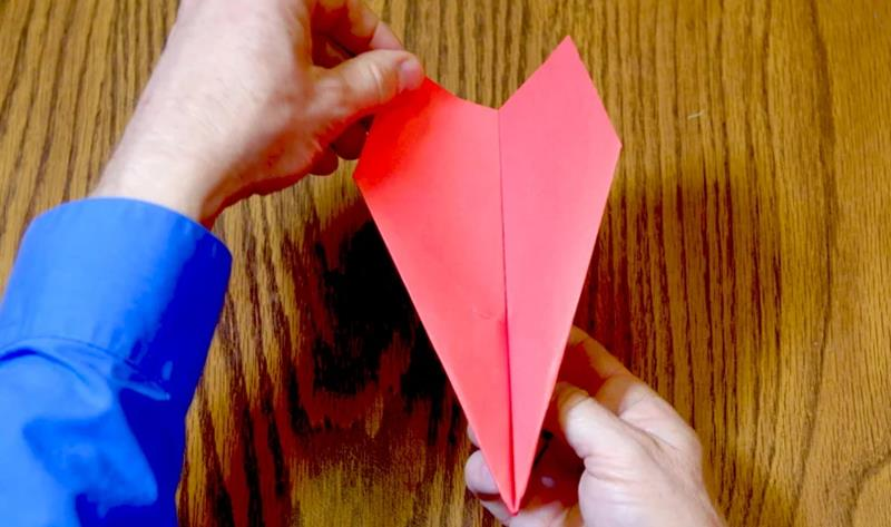 vimeo.com How to Fold a Record-Setting Paper Plane - great big story.jpg