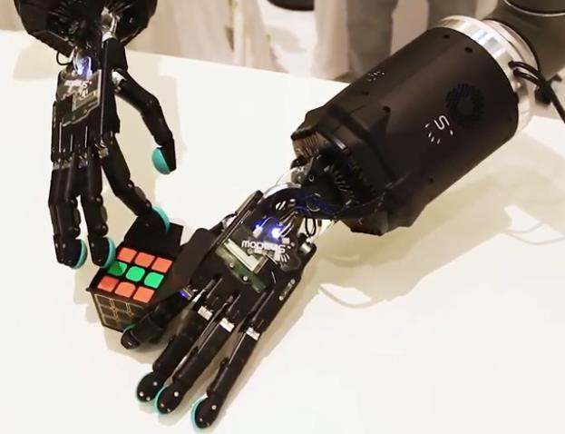 youtube.com Tactile Telerobot - Control robots with your hands.jpg